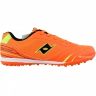 Soccer shoes for children